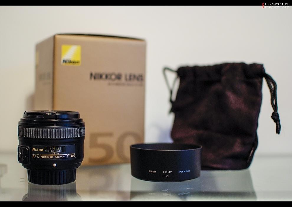 Contenuto della scatola: Nikkor 50mm f1.8G – Paraluce HB-47 – Sacchetta in velluto